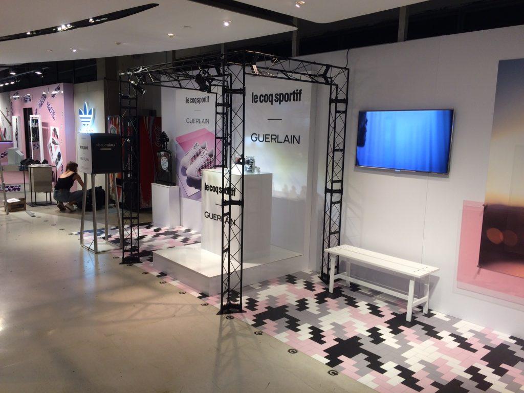 graphik retail decoration event reboard nancy guerlain le coq sportif