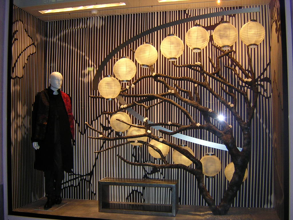 graphik retail decoration event reboard nancy kenzo