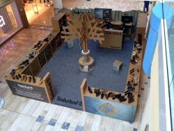graphik retail decoration event reboard nancy pop up store timberland